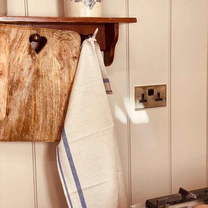 Linen tea towel for kitchen