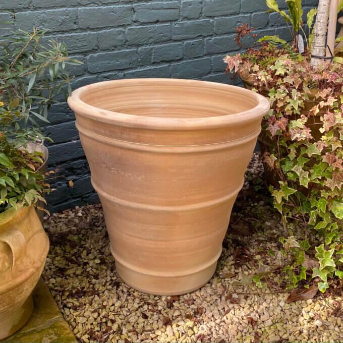 outdoor cretan pot